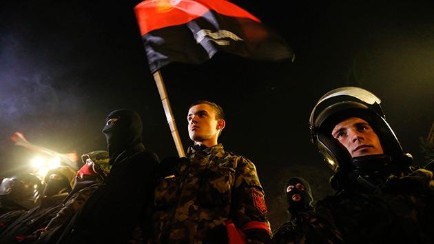 Kiev estudia ilegalizar el grupo ultranacionalista Sector Derecho