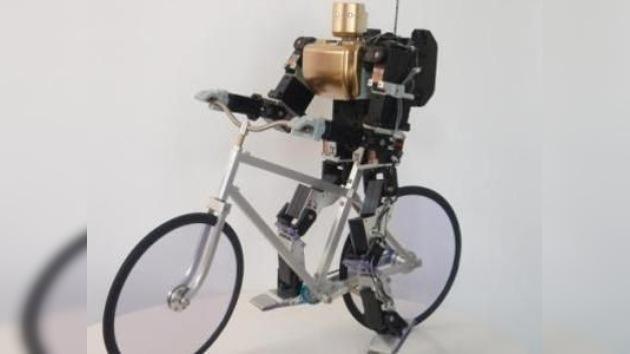 Un robot 'aprende' a montar en bicicleta