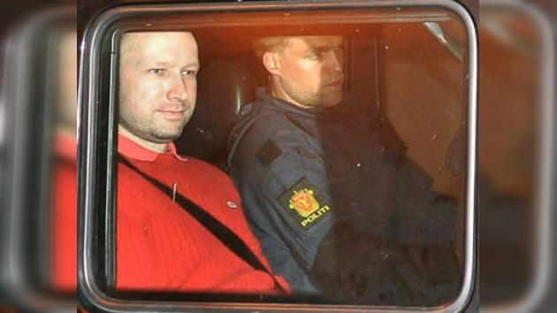 La Policía noruega examina presuntos vínculos de Breivik con el extranjero