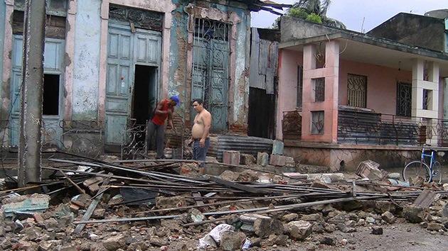 El huracán Sandy sigue cobrándose vidas en el Caribe