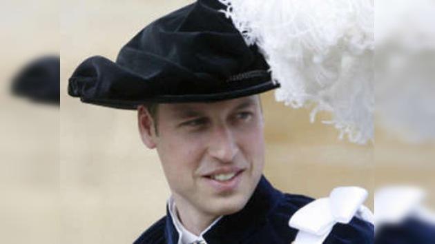 El príncipe William de Inglaterra durmió una noche en la calle