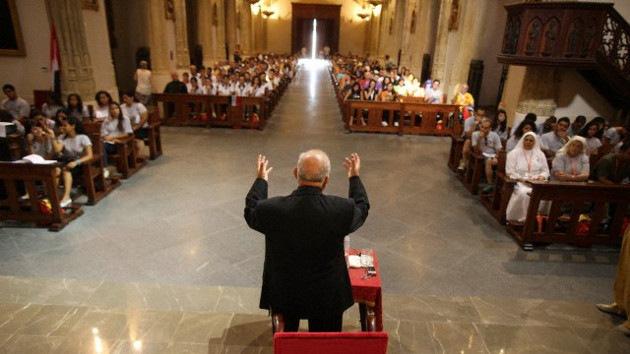 Católicos españoles claman por una 'revolución' en la Iglesia