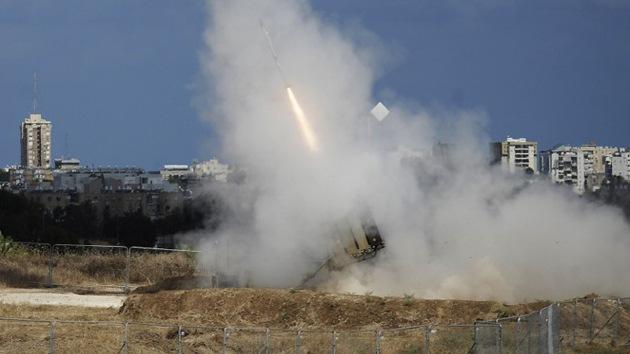 Se oyen las sirenas antiaéreas y explosiones en Tel Aviv