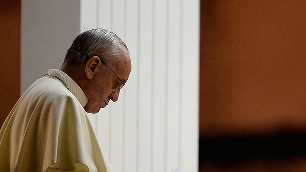 La duda del papa: ¿Trazan una guerra real en Siria o se trata de comercio ilegal de armas?