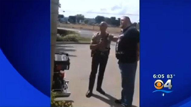 EE.UU.: Policía de Florida detiene a un ciudadano por grabar una detención