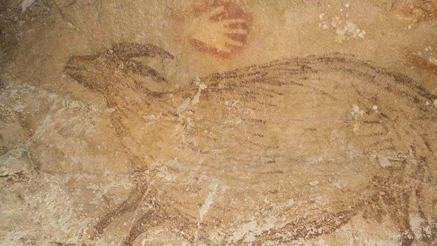 Pintura rupestre de 40.000 años: Indonesia desafía a España como cuna del arte