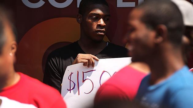 Huelga en EE.UU.: Los empleados de comida rápida no tienen con qué alimentar a sus familias