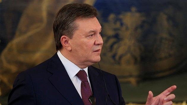 """El presidente de Ucrania: el acuerdo de la UE """"pone de rodillas"""" a nuestro país"""