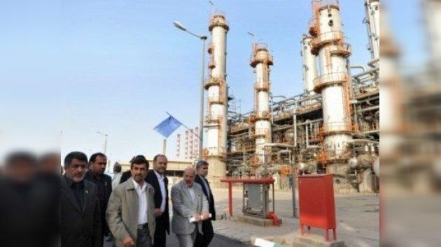 Un embargo a Irán catapultará el barril por encima de los 250 dólares