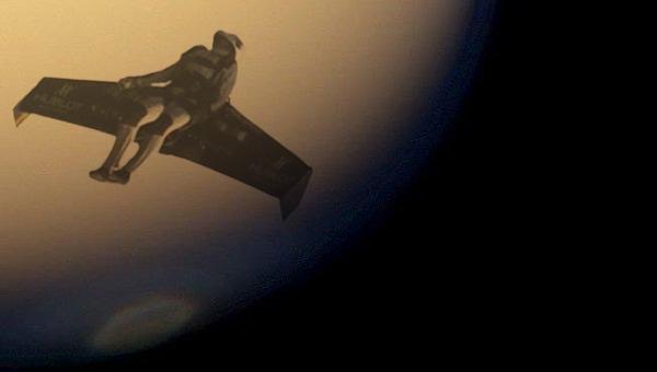 Estudio: los astronautas podrían moverse volando en planetas con baja gravedad