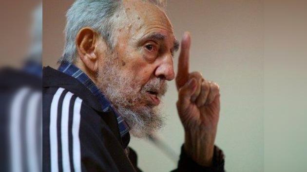 Fidel Castro se burla de la flota británica