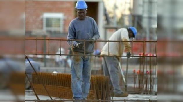 La crisis económica deja sin trabajo en España a un millón de inmigrantes