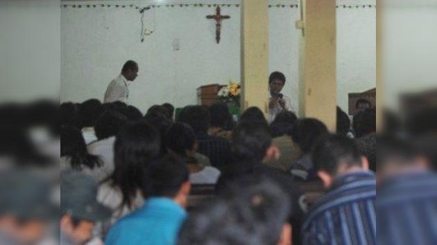 Atentado suicida contra una iglesia protestante en Indonesia
