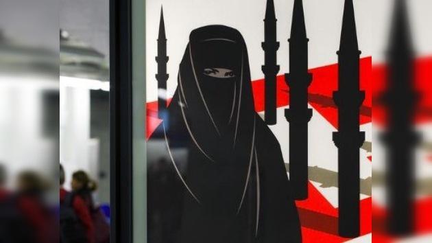 Suiza prohibe la construcción de minaretes en las mezquitas