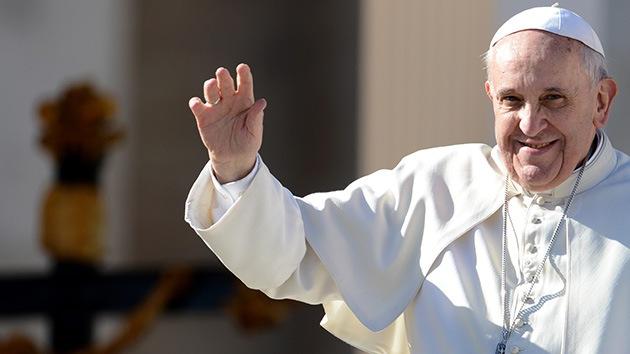 'Internet ama a Francisco': El papa es tres veces más popular que Obama en Twitter