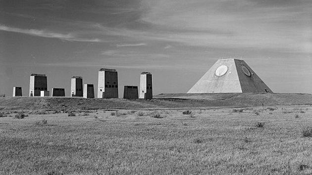 Salen a la luz fotos de la construcción de un misterioso objeto militar de EE.UU.