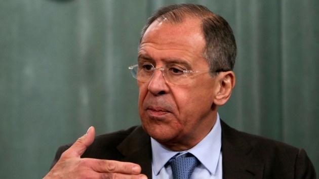 Lavrov: Rusia está dispuesta a debatir la situación en Ucrania con EE.UU. y la UE