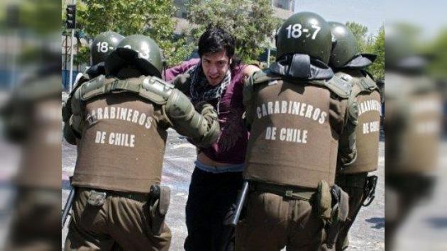 Más de 200 detenidos tras otra jornada de protestas en Chile