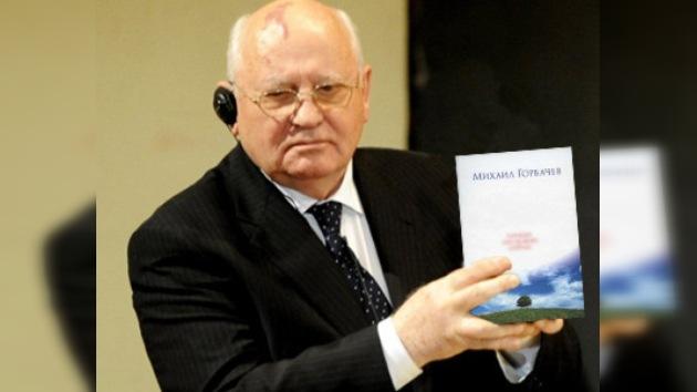 Mijaíl Gorbachov presenta sus memorias de la perestroika
