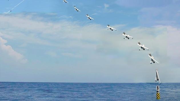 La Marina de EE.UU. lanza un 'drone' desde un submarino sumergido