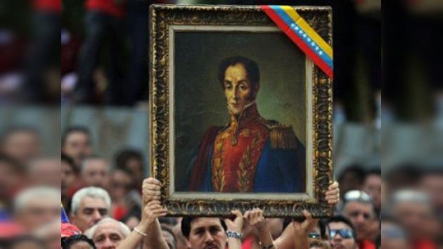 Restos de Simón Bolívar son auténticos, pero sigue sin saberse la causa de su muerte