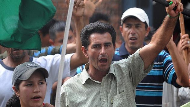 Campesinos paraguayos se unen a la protesta mundial contra Monsanto