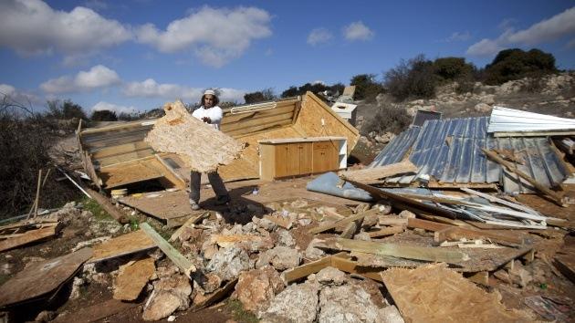 Israel desaloja un asentamiento en Cisjordania