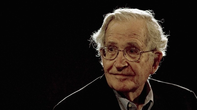 """Chomsky: """"A EE.UU. le costará aceptar la creciente influencia de China en Asia"""""""