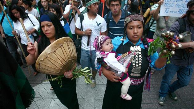 """Mapuches argentinos echan a un empresario por invadir el """"territorio ancestral"""""""