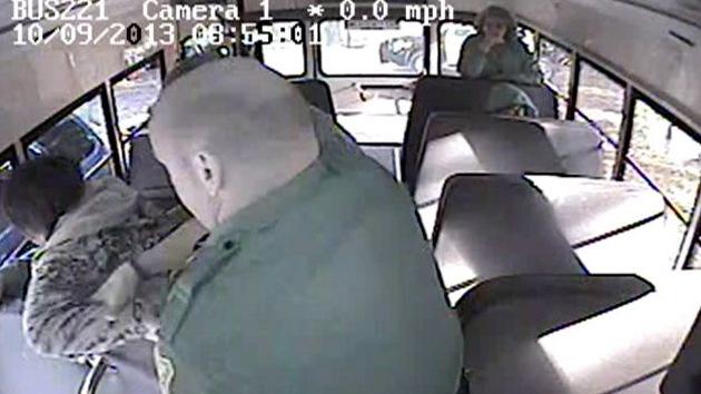 Video: Demanda millonaria por brutalidad policial contra un discapacitado en EE.UU.