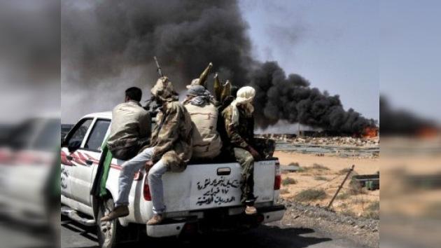 La Cámara Baja de EE. UU. prohíbe financiar a los rebeldes libios