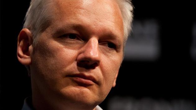 Assange padece una enfermedad crónica pulmonar