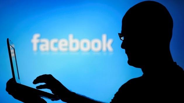 Dos usuarios demandan a Facebook por 'espiar' sus mensajes con fines lucrativos