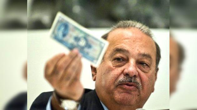 Carlos Slim multado en México por monopolista