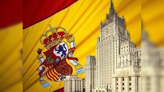 Expulsan diplomáticos españoles de Rusia por reciprocidad