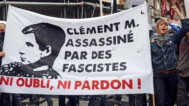 Francia quiere disolver los grupos neonazis tras el asesinato de un estudiante