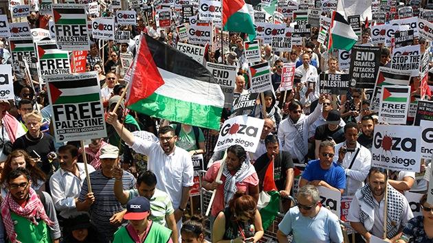 """Manifestantes: """"Lo que está pasando en Gaza es una guerra genocida"""""""