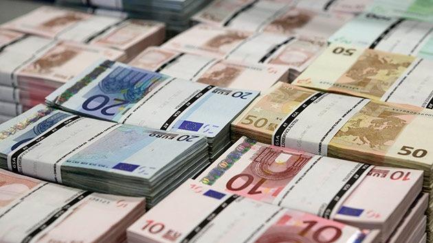 El 'Robin Hood de los bancos' obtiene préstamos y los reparte entre activistas