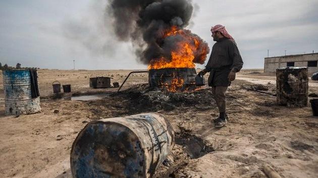 El petróleo 'rebelde' sirio, a la venta en Turquía a precio de saldo