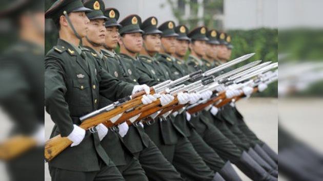 El presupuesto de defensa chino supera por primera vez los 100.000 millones de dólares