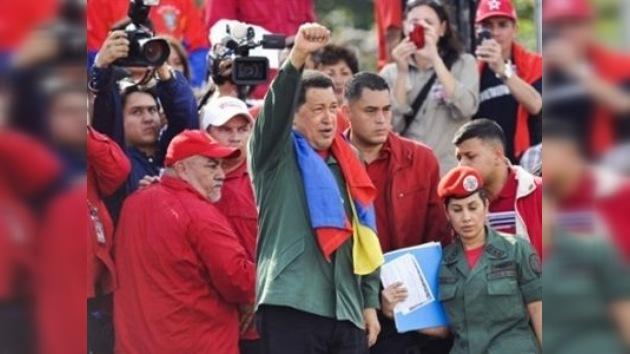 Chávez promete crear 3,5 millones de puestos de trabajo en 8 años