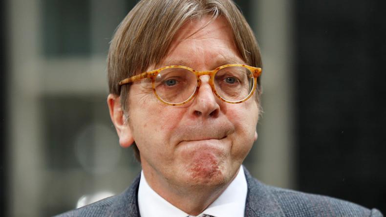 """Ehemaliger belgischer Premier fordert Westen zu """"Intervention"""" in Ungarn auf"""