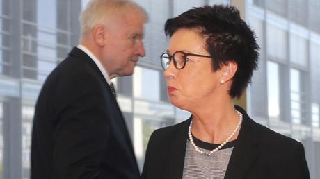 Innenminister Horst Seehofer und die ehemalige Leiterin des BAMF Jutta Cordt, Berlin, Deutschland, 29. Mai 2018.