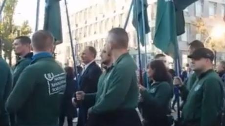 Mitglieder der deutschen, rechtsradikalen Bewegung