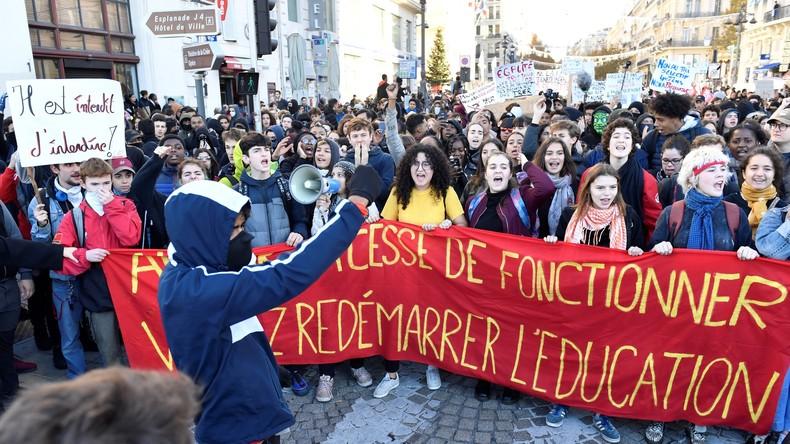 Aufstand weitet sich aus: Studenten, Schüler und Energiesektor schließen sich den Gelbwesten an