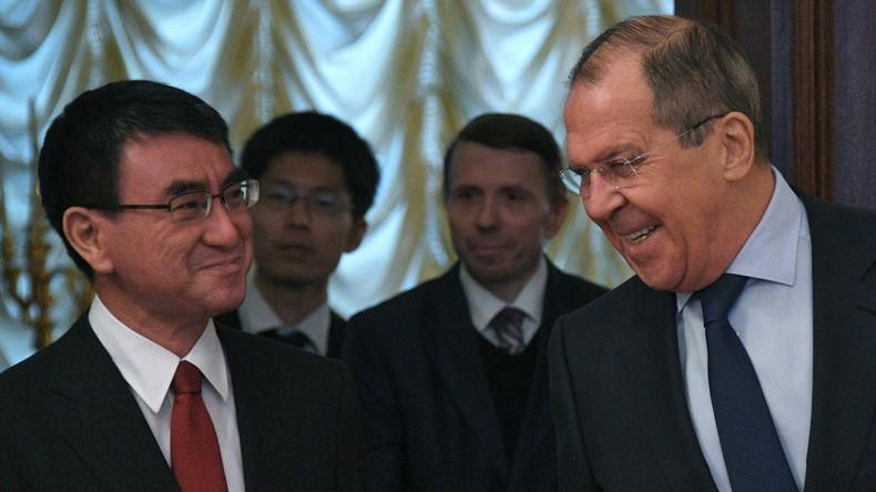 """Russlands Außenminister Lawrow: """"Wir beginnen heute Verhandlungen zu Friedensabkommen"""" mit Japan"""