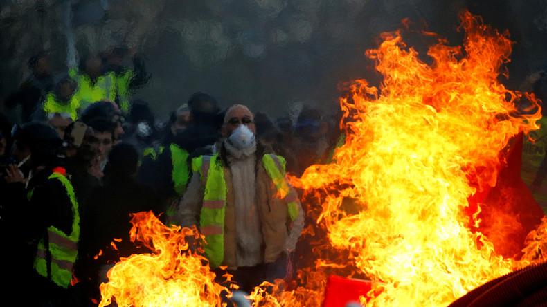"""Rund 84.000 Teilnehmer bei erneuten """"Gelbwesten""""-Protesten in Frankreich"""