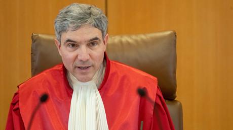 Stephan Harbarth saß bis November 2018 für die CDU im Bundestag. Anfang Dezember wechselte er als neuer Vorsitzender des Ersten Senats und Vizegerichtspräsident nach Karlsruhe. 2020 wird er aller Voraussicht nach Nachfolger von Gerichtspräsident Andreas Voßkuhle.