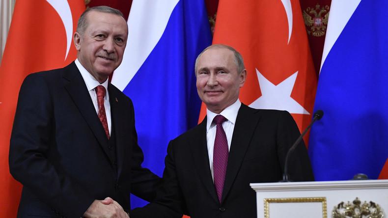 Russland hebt Visapflicht für türkische Geschäftsleute auf