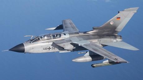 An der Bombardierung Jugoslawiens im Frühjahr 1999 beteiligten sich auch Tornado-Kampfjets der Bundeswehr. (Symbolbild)